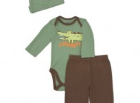 מארז בגד גוף, מכנסיים וכובע לתינוק של Gerber – התנין הקטן