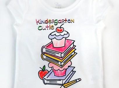חולצה לתינוקת מבית Children's Place – הדפס Kindergarten Cutie