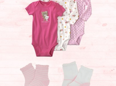 מארז שלישיית בגדי גוף מודפסים לתינוקת Carter's ושני זוגות גרביים Children's Place