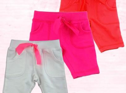 מארז מתנה לתינוקת 3M – שלושה מכנסי כותנה מחממים בצבעים שונים של Carter's