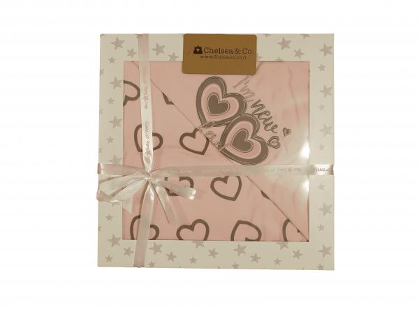שמיכה דו צדדית באריזה ורודה לבבות 100% כותנה 95*75
