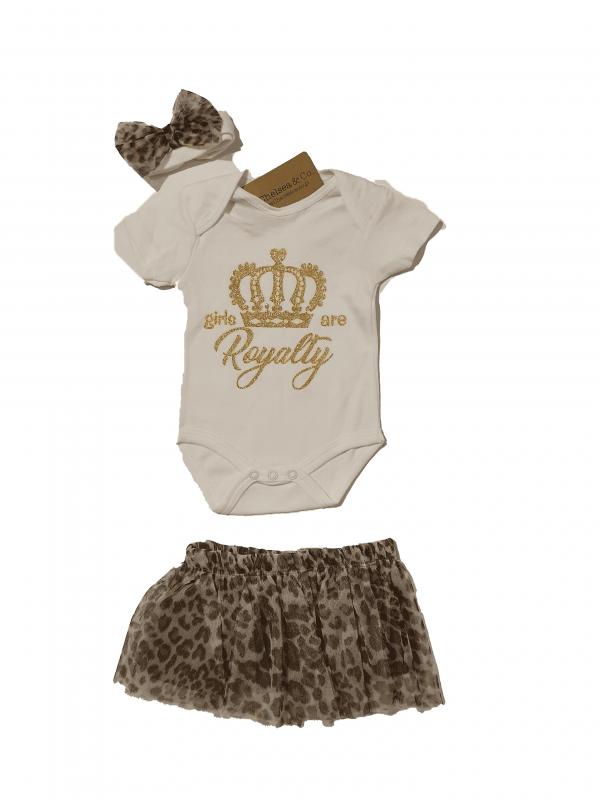 חליפת חצאית+חולצה וסרט נסיכות