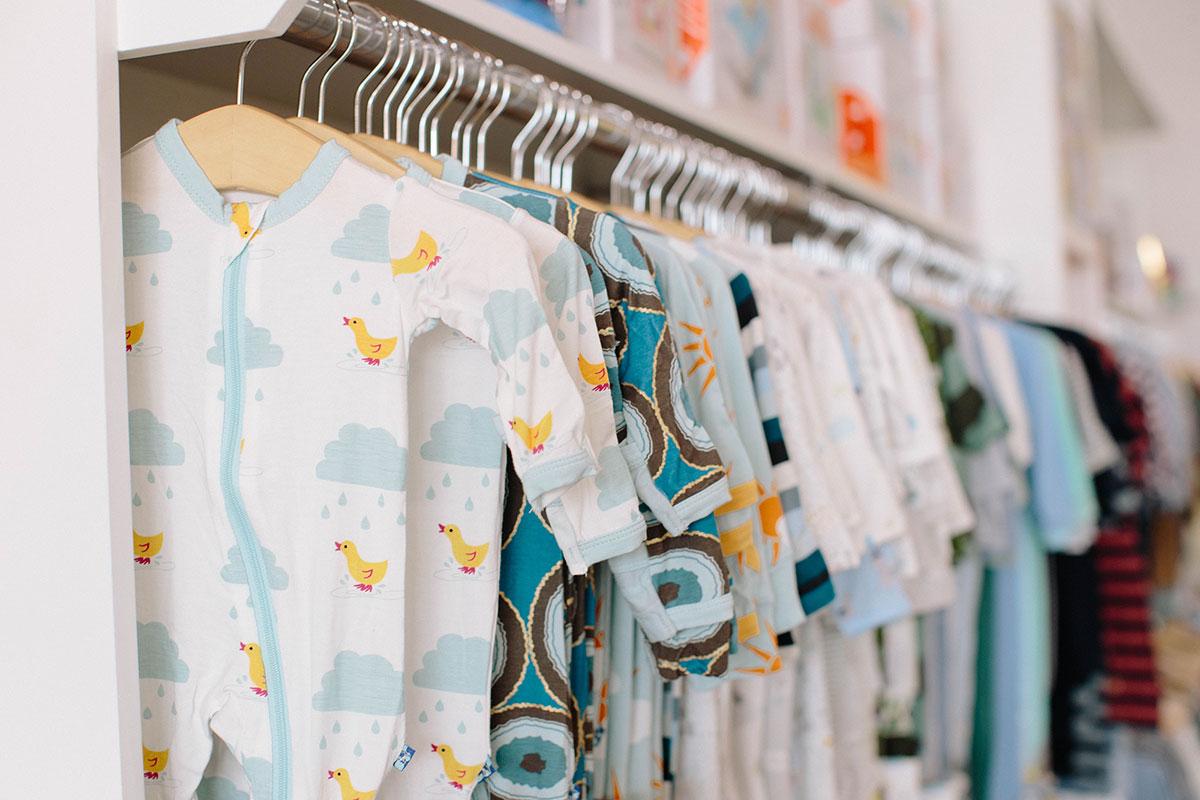 כביסה לבגדי תינוקות: המדריך המלא