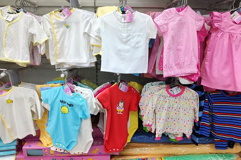 בחירת צבעים לבגדי תינוקות